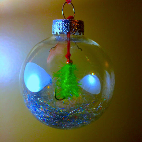 Christmas tree fly ornamement